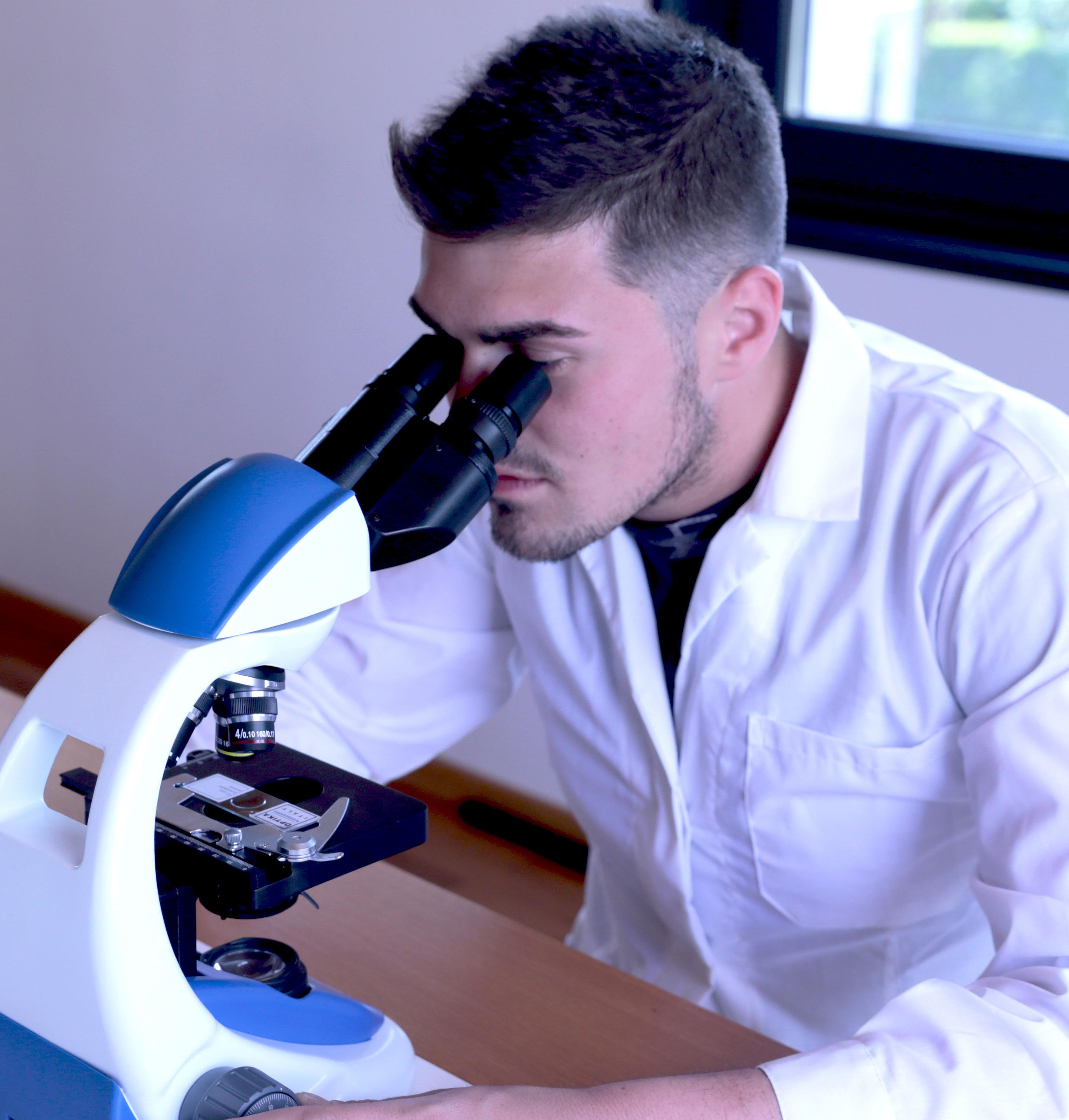 Praca z mikroskopem Optika B-190