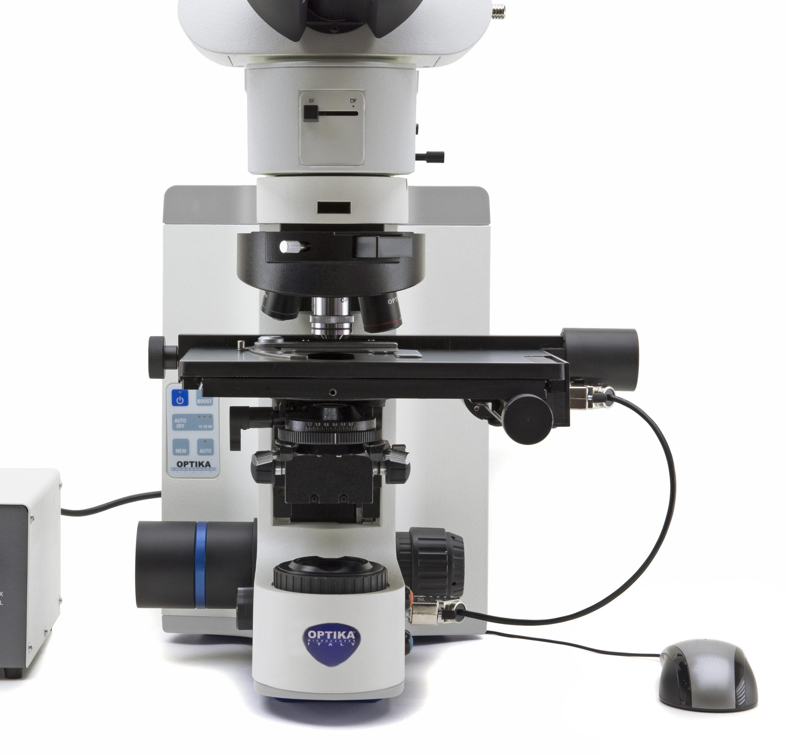 Mikroskop z opcją rozbudowy o funkcje zmotoryzowane